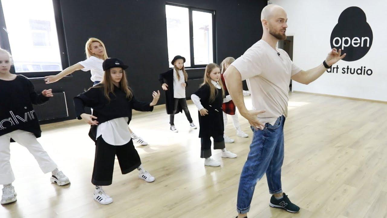 Танцюють всі 8: во время мастер-класса Влад Яма получил травму головы (видео) новые фото