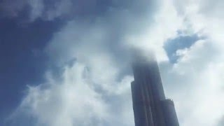 Burj khalifa in clouds veiw