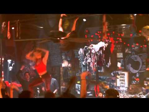 Coyote Ugly   Dance On Fire