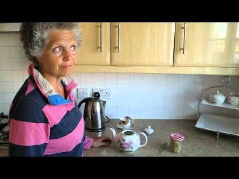 How to make real chamomile tea 1.avi