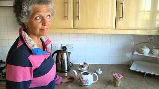 How to make real chamomile tea 1.avi
