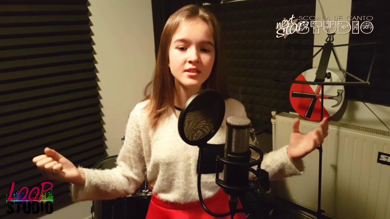 Andreea Sicoe - Noapte  de Craciun (Christmas COVER | Horia Brenciu)