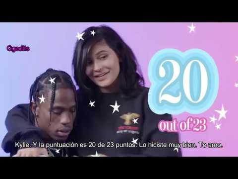 Kylie Jenner le hace 23 preguntas a Travis Scott (traducido al español)
