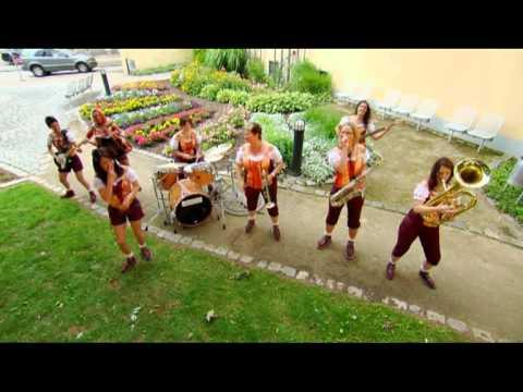 """Isartaler Hexen - Nur Die Harten Kommen In Den Garten  """"Auf Gehts Musikanten"""" Aus Greding"""