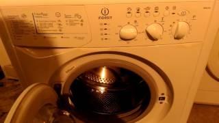 Стиральная машина Индезит Indesit wil103(Делитесь этим видео: https://youtu.be/ouPJzub9CS4 сайт http://meod-miere.ru/ Возможно вы искали: стиральные машины, индезит стирал..., 2016-06-07T06:46:57.000Z)