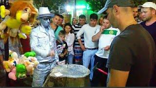 Вечерняя Анапа. Уличный аттракцион.25.07.17 г.