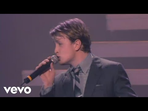 Westlife - Mack the Knife (The Number Ones Tour '05)