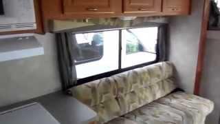 2004 Coachmen Freelander  3100wb Widebody Class C , Rare King Bed,