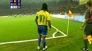 10 Ronaldinho Goals That Are IMPOSSIBLE to Repeat!