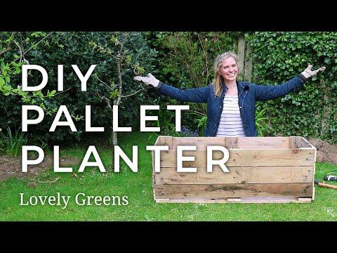 how-to-make-a-diy-pallet-planter