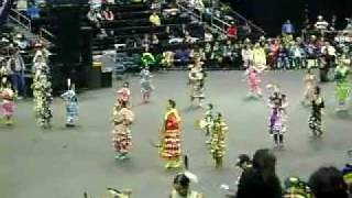 jr girls jingle Manito Ahbee 2011 pt1