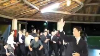 На свадьбе все уже пьяные!