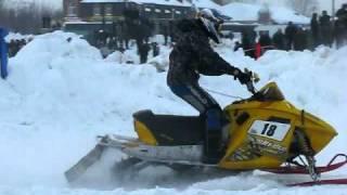 Снегоходы. гонки в йошкар-оле,за окном -28 градусов!!!