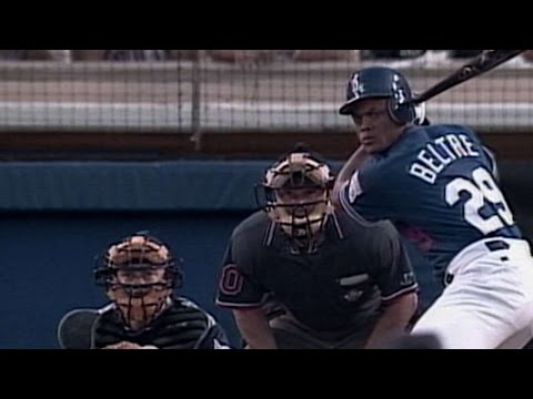 ANA@LAD: Beltre collects first career hit, RBI
