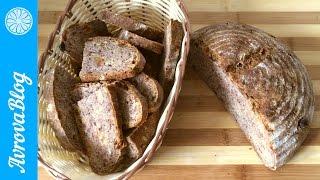 Пшенично-ржаной хлеб на закваске (с изюмом и грецкими орехами)