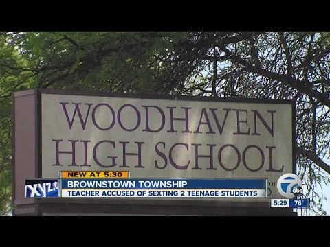 Teacher accused of sexting 2 teenage students