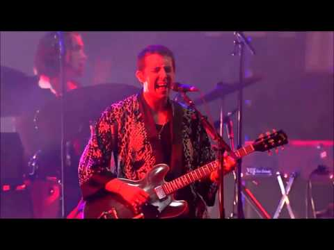 The Last Shadow Puppets - The Element Of Surprise - Live @ Rock en Seine 2016 - HD