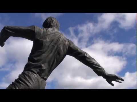Statues,Sculptures & Landmarks - Ft. Emlyn Hughes