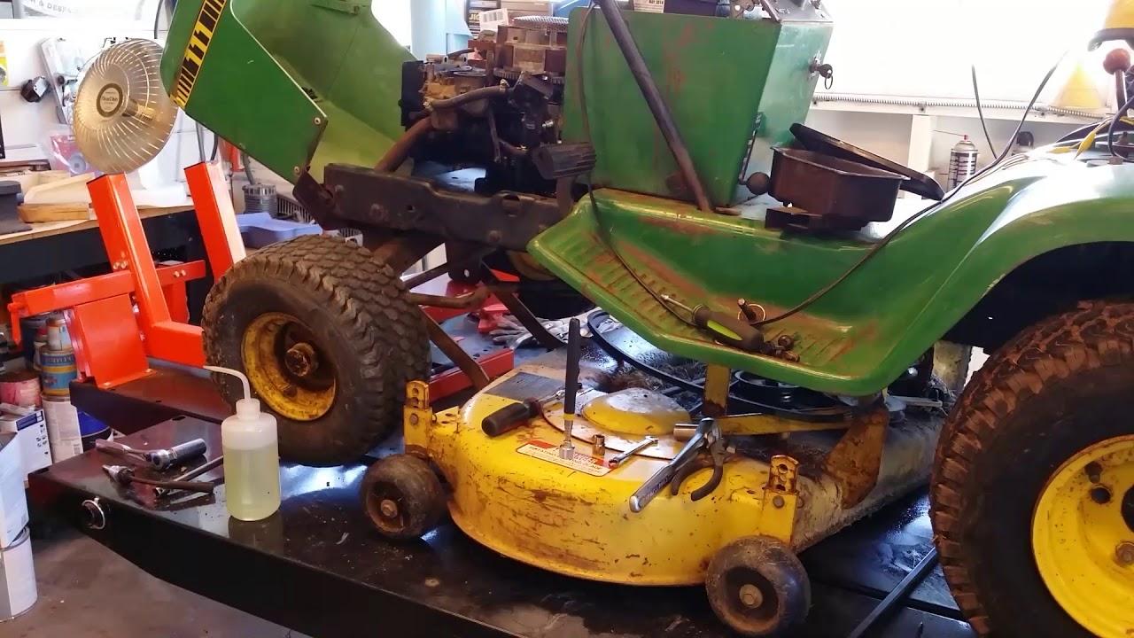 John Deere 111 Part 2 Tractor Gets A 20 00 Briggs Engine Swap Was It Well Spent