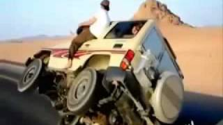 AMAZING ARAB DRIFTING- CAR ON TWO WHEELS