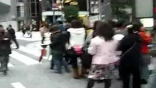 H&M store crowds in Japan - JapanRetailNews