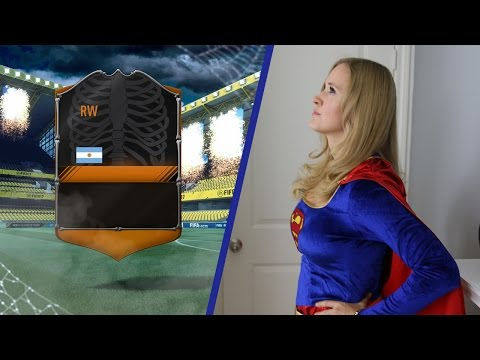 SUPER GIRL PACKS AN INSANE WALKOUT !! FIFA 17 ULTIMATE TEAM PACK OPENING !!
