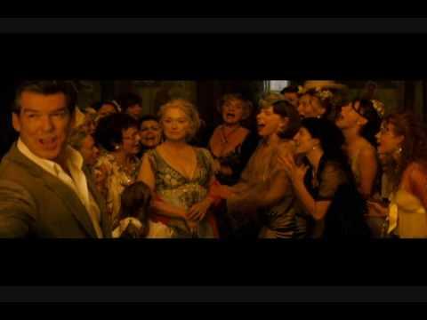 Escena Mamma Mia! en ESPAÑOL LATINO