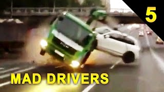 MAD DRIVERS Worldwide #5 - 50 INTENSE Car Crashes! (Road Rage Compilation)