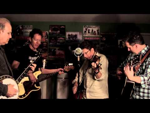 A Roving on a Winter's Night (traditional, from Doc Watson) - Hot Rize