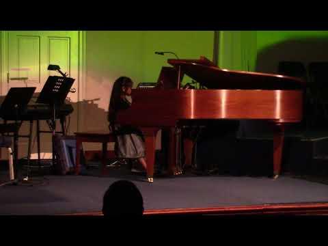 Belle Rockin' Robin Piano