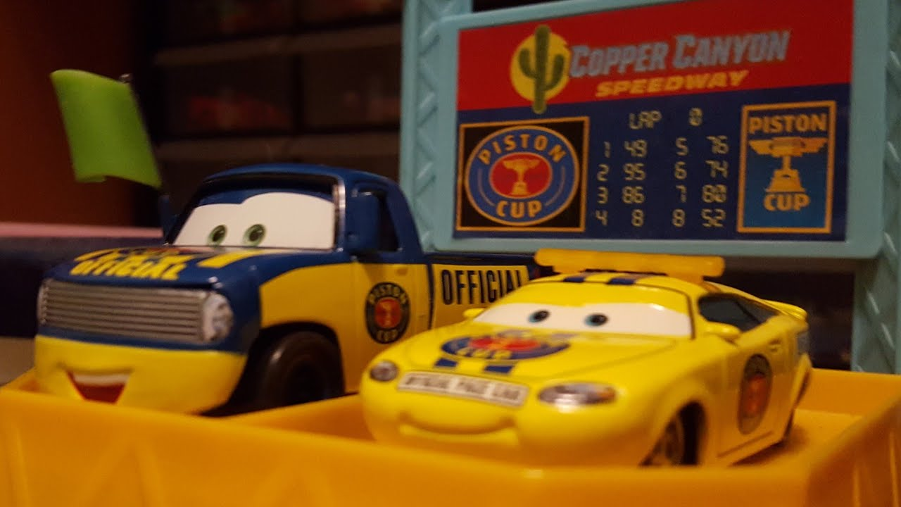 Download Disney Pixar Cars Dexter Hoover & Charlie Checker (Piston Cup Officials) Review