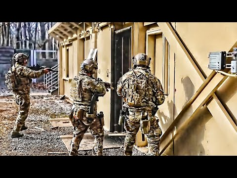 U.S. Army Green Berets (5th SFG) • Room Clearing Drills
