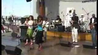 """Tucan Tucan performing """"Xiluva"""""""