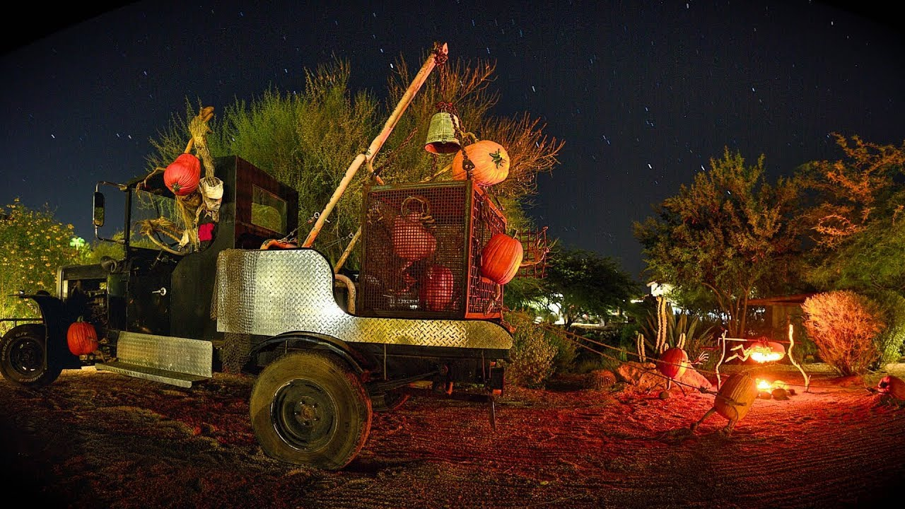 Visit the Carefree Pumokin Garden for a Night of Family Fun - YouTube