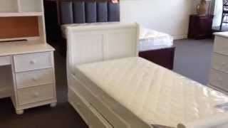 Cottage Style White Wood Twin Sleigh Bed