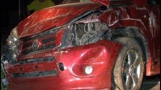 Спасая кошку, автолюбительница врезалась в дом.MestoproTV