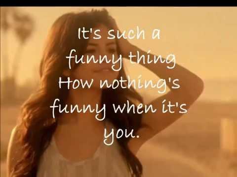 Selena Gomez - Who Says (with lyrics)