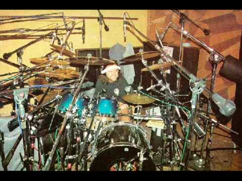 Lars Ulrich's drums from KEA to DM