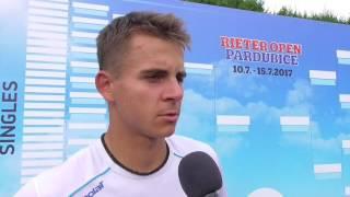 Petr Nouza po výhře ve finále kvalifikace na turnaji Futures v Pardubicích