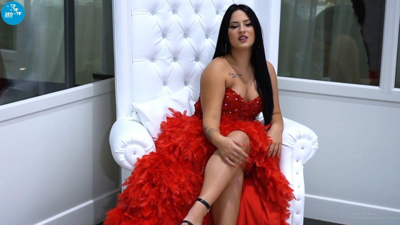 Download Lucy Tassone - Brividi d'amore (Ufficiale 2020)
