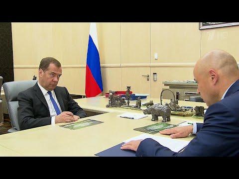 Реализацию нацпроектов в Липецкой области обсудили Дмитрий Медведев и глава региона Игорь Артамонов.