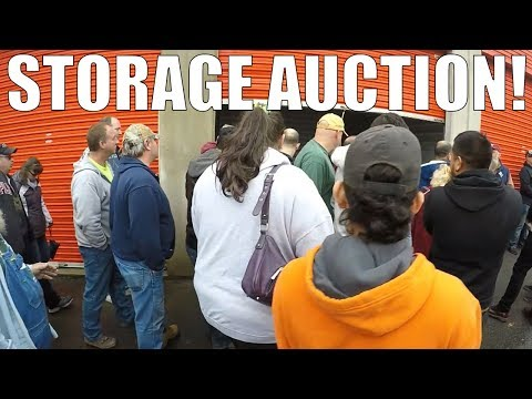Inside a REAL Storage Auction ... this is what it looks like!