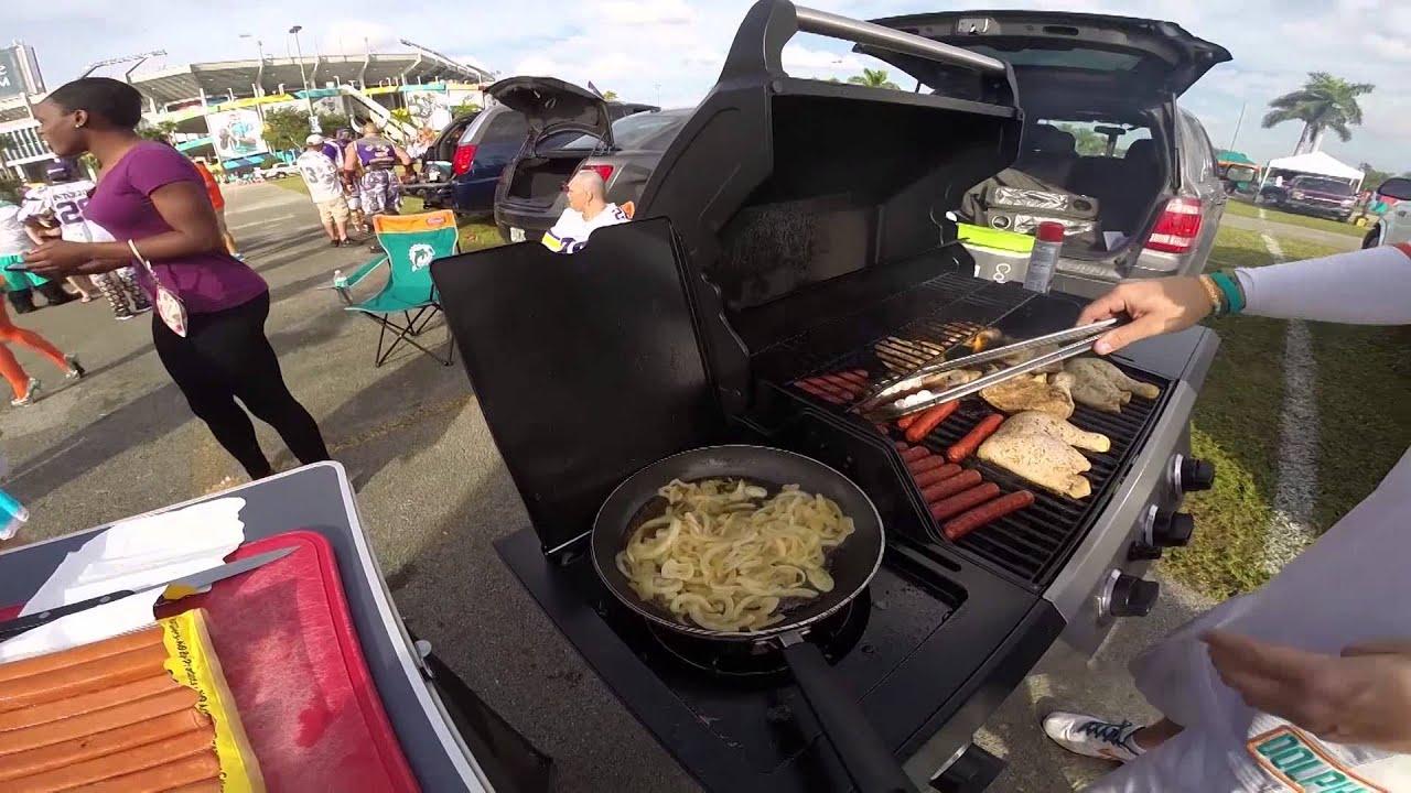 Sportsmanias Diehard Tour Best Tailgating Food Youtube