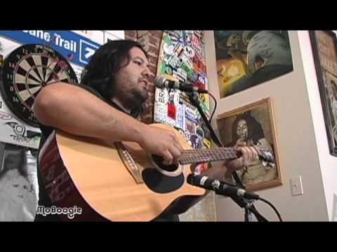"IRATION's MICAH PUESHEL ""Summer Nights"" - acoustic @ the MoBoogie Loft"