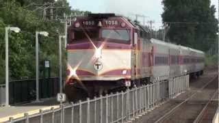 Leominster: MBTA Commuter Trains, 1058 Outbound, 1002 Inbound @ Leominster Station