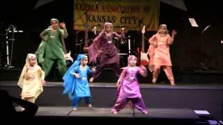 SwaralayalamMusicNight2011- Bhumro Dance