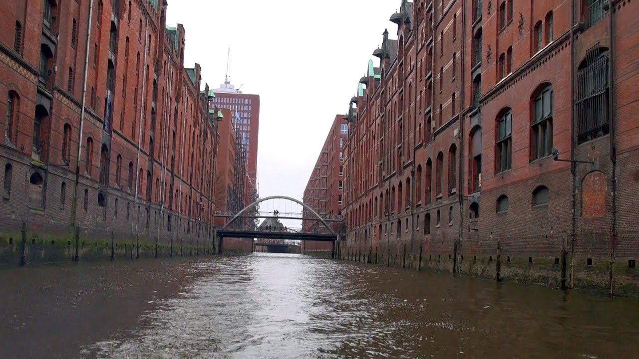 hamburg speicherstadt city of warehouses in hd youtube. Black Bedroom Furniture Sets. Home Design Ideas