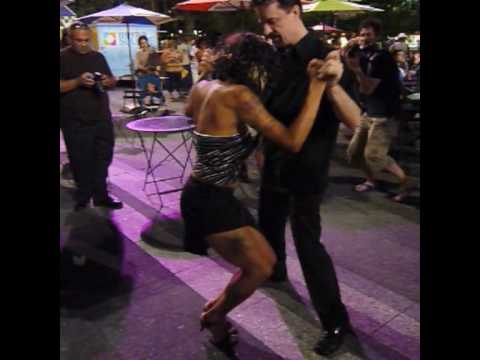 Salsa Dancing in Fountain Square, Cincinnati, USA - Thursday 29 July 2010