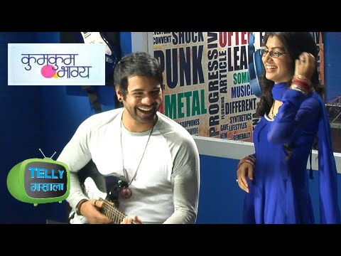 Rockstar Abhi Sings For Pragya In Kumkum Bhagya | Zee Tv Show