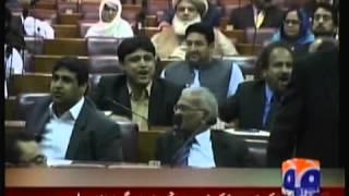 watch how imran khan zani pti was insulted in pakistani parliament